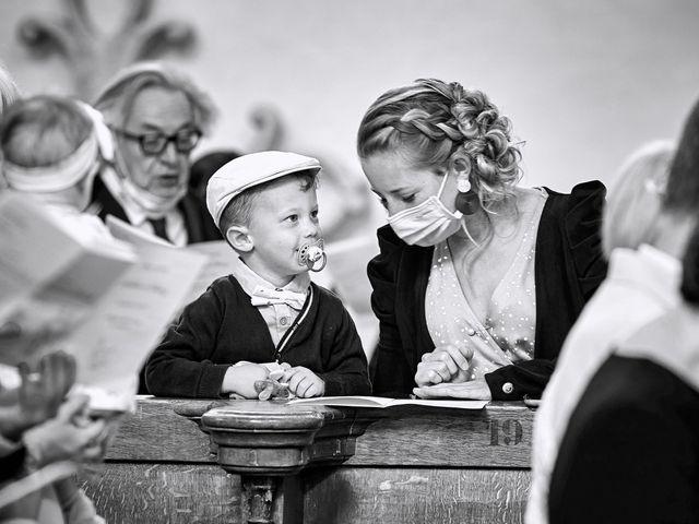 Le mariage de Thierry et Mathilde à Ancy-le-Franc, Yonne 83