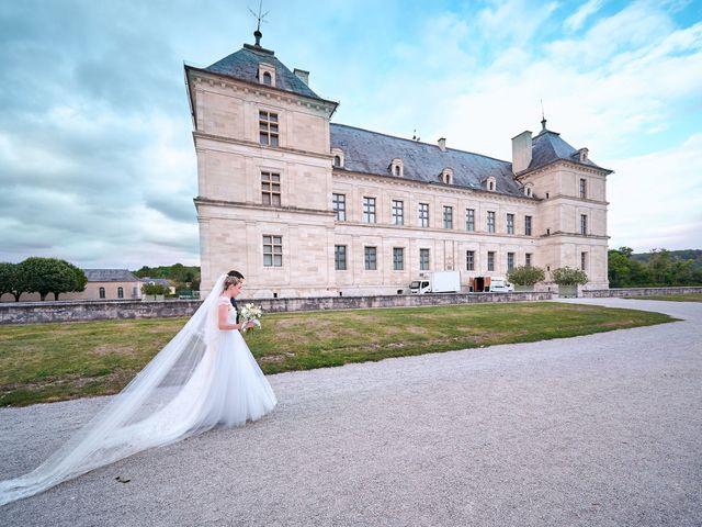Le mariage de Thierry et Mathilde à Ancy-le-Franc, Yonne 144