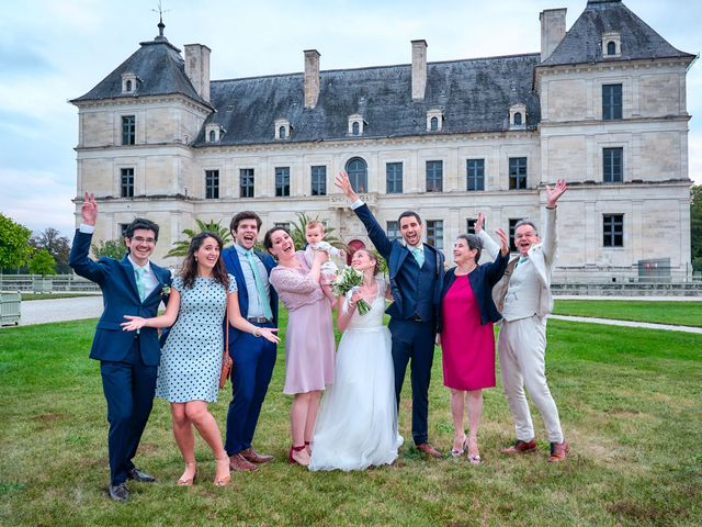 Le mariage de Thierry et Mathilde à Ancy-le-Franc, Yonne 153