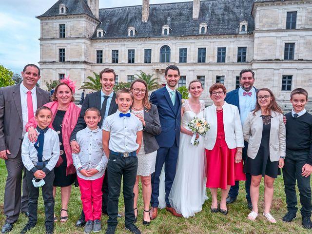 Le mariage de Thierry et Mathilde à Ancy-le-Franc, Yonne 154