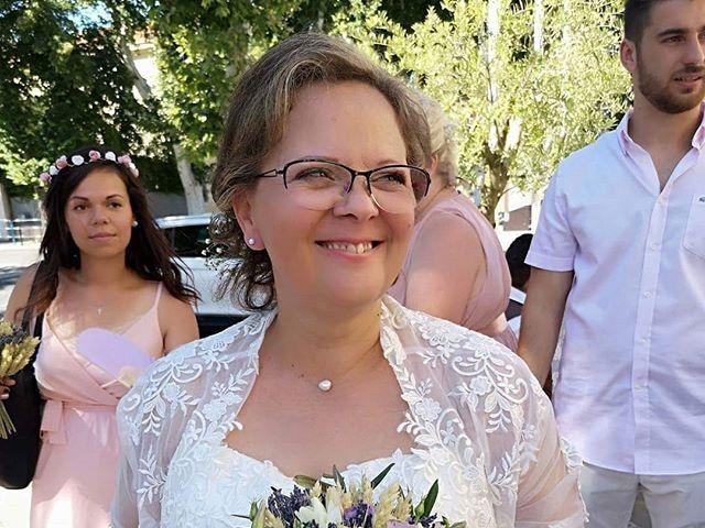 Le mariage de Laurent et Claudie à Grans, Bouches-du-Rhône 10