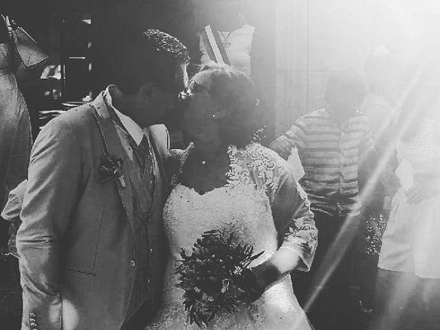 Le mariage de Laurent et Claudie à Grans, Bouches-du-Rhône 1