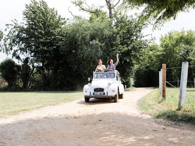 Le mariage de Thomas et Julie à Crosmières, Sarthe 35