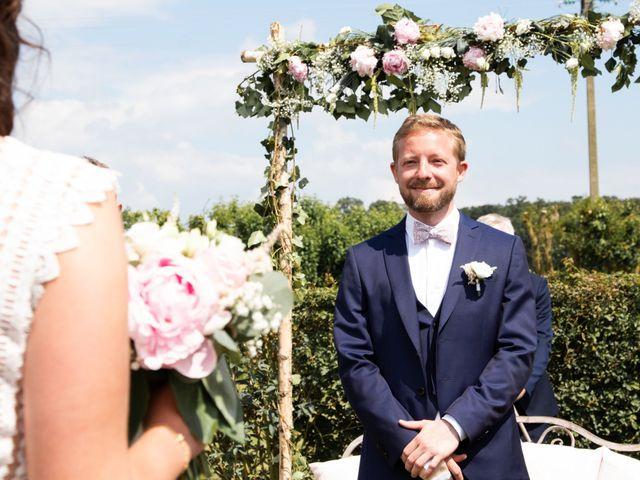 Le mariage de Thomas et Julie à Crosmières, Sarthe 39
