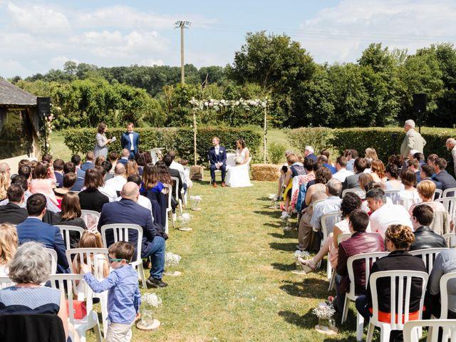 Le mariage de Thomas et Julie à Crosmières, Sarthe 40
