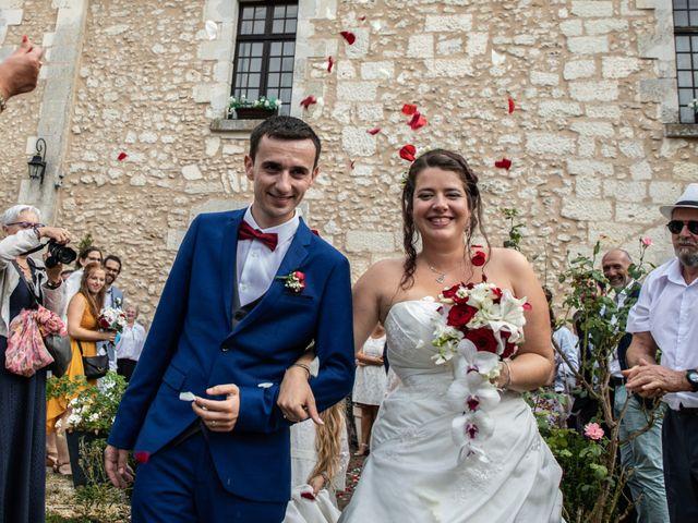 Le mariage de Mickael et Déborah à Saint-Léon-sur-l'Isle, Dordogne 17
