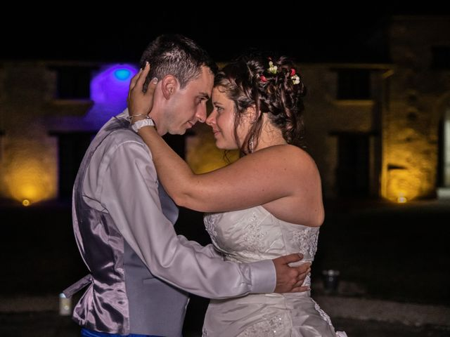 Le mariage de Mickael et Déborah à Saint-Léon-sur-l'Isle, Dordogne 41