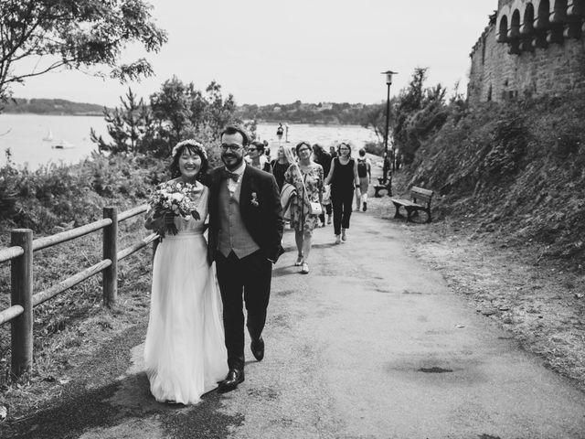 Le mariage de Thomas et Soobin à Dinard, Ille et Vilaine 24