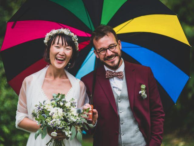 Le mariage de Thomas et Soobin à Dinard, Ille et Vilaine 32