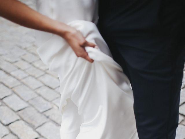 Le mariage de Leandro et Jenette à Paris, Paris 15