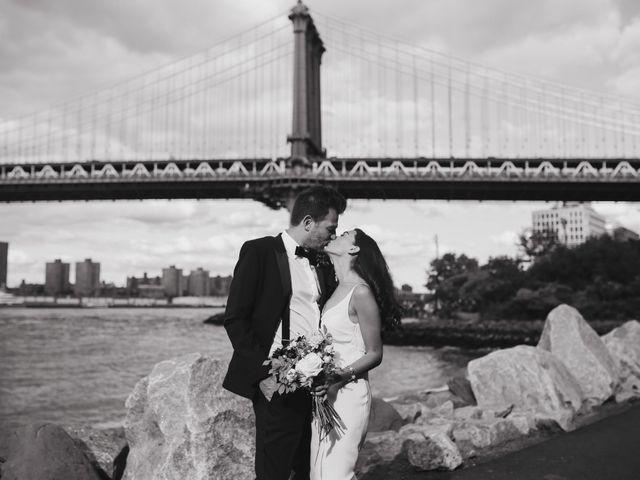 Le mariage de Leandro et Jenette à Paris, Paris 19