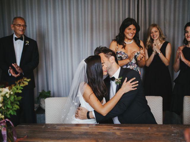 Le mariage de Leandro et Jenette à Paris, Paris 28