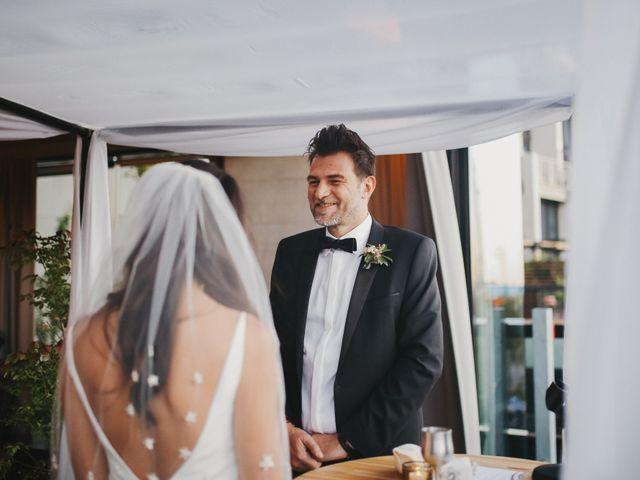 Le mariage de Leandro et Jenette à Paris, Paris 42