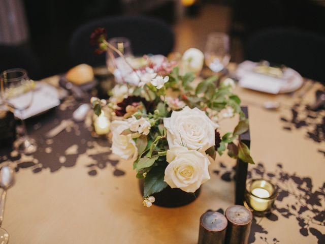 Le mariage de Leandro et Jenette à Paris, Paris 51