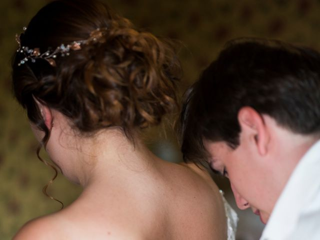 Le mariage de Jules et Bettina à Clécy, Calvados 5