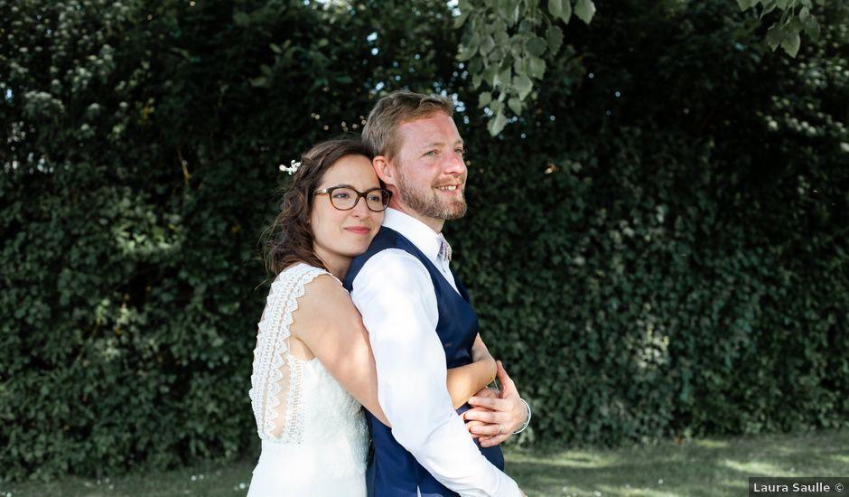 Le mariage de Thomas et Julie à Crosmières, Sarthe
