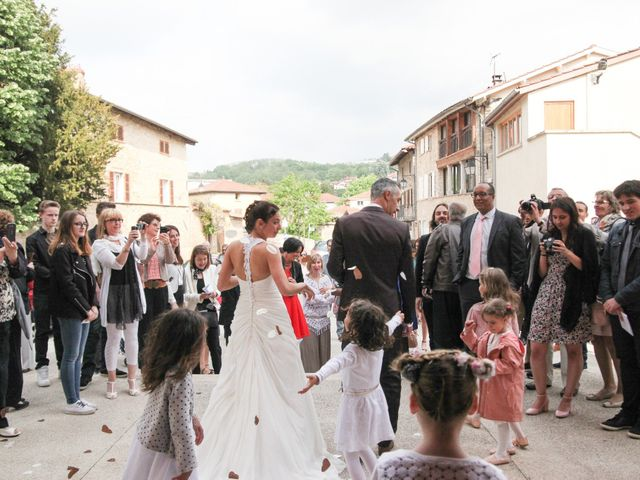 Le mariage de Yohan et Julie à Liergues, Rhône 10