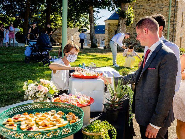 Le mariage de Steven et Ingrid à Goven, Ille et Vilaine 107