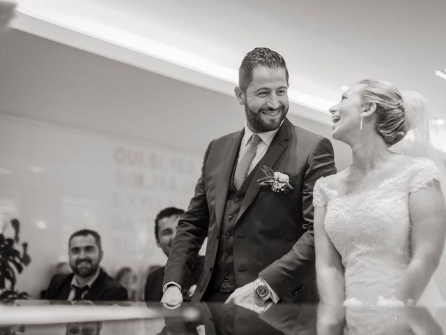 Le mariage de Romain et Alvina à Hyères, Var 15
