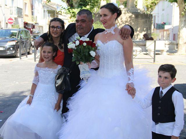 Le mariage de Romuald et Virginie à Clarensac, Gard 2