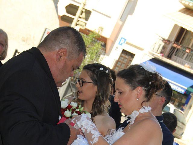 Le mariage de Romuald et Virginie à Clarensac, Gard 11