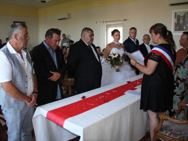 Le mariage de Romuald et Virginie à Clarensac, Gard 17