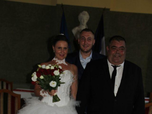 Le mariage de Romuald et Virginie à Clarensac, Gard 41