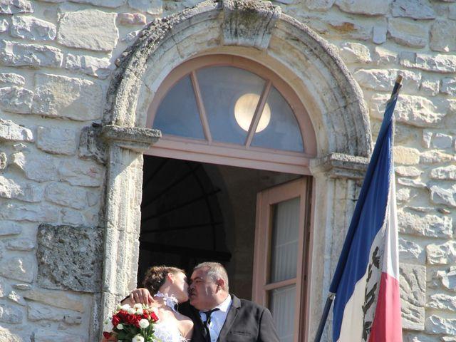 Le mariage de Romuald et Virginie à Clarensac, Gard 45