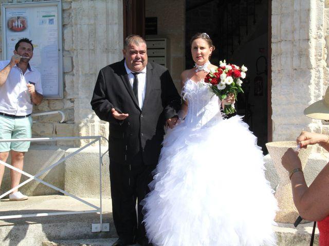 Le mariage de Romuald et Virginie à Clarensac, Gard 49