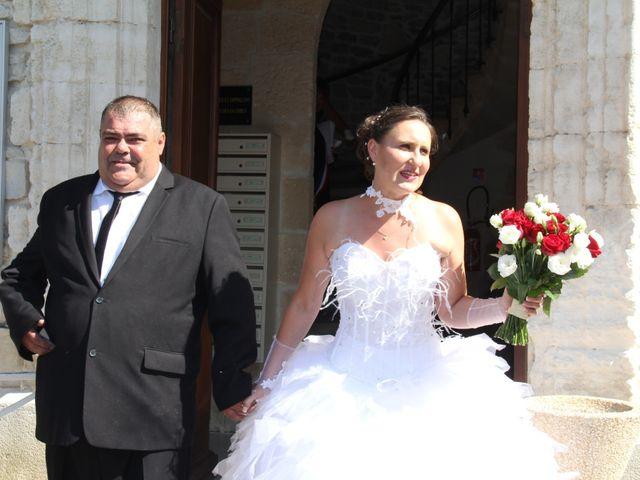 Le mariage de Romuald et Virginie à Clarensac, Gard 51