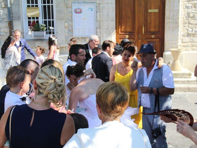 Le mariage de Romuald et Virginie à Clarensac, Gard 60