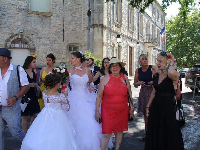 Le mariage de Romuald et Virginie à Clarensac, Gard 73