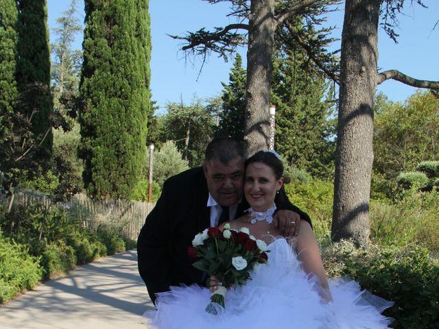 Le mariage de Romuald et Virginie à Clarensac, Gard 83