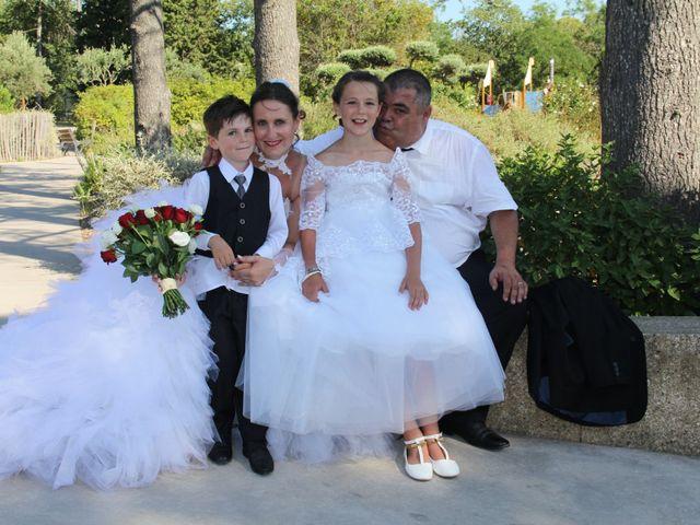 Le mariage de Romuald et Virginie à Clarensac, Gard 90