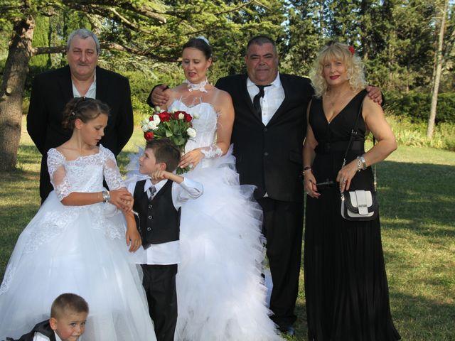 Le mariage de Romuald et Virginie à Clarensac, Gard 109