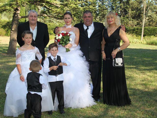 Le mariage de Romuald et Virginie à Clarensac, Gard 110
