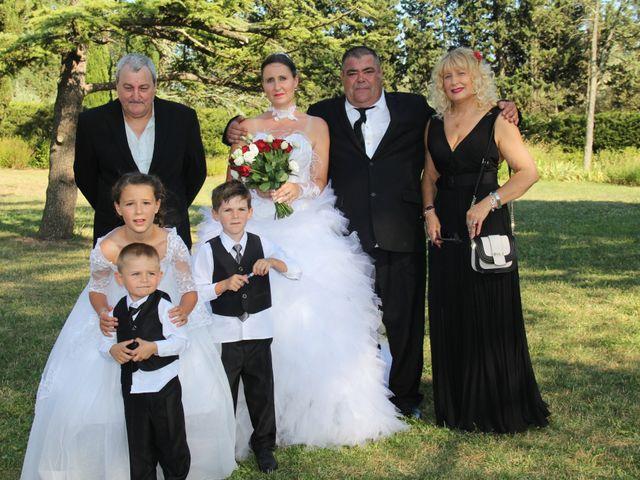 Le mariage de Romuald et Virginie à Clarensac, Gard 111