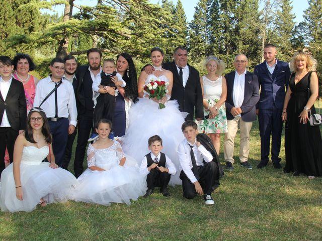 Le mariage de Romuald et Virginie à Clarensac, Gard 113