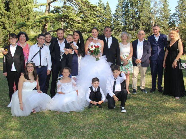 Le mariage de Romuald et Virginie à Clarensac, Gard 114
