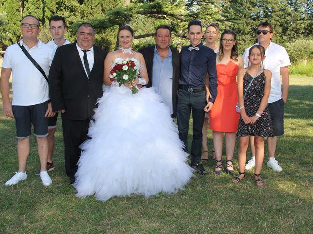 Le mariage de Romuald et Virginie à Clarensac, Gard 128