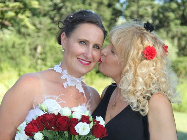 Le mariage de Romuald et Virginie à Clarensac, Gard 133