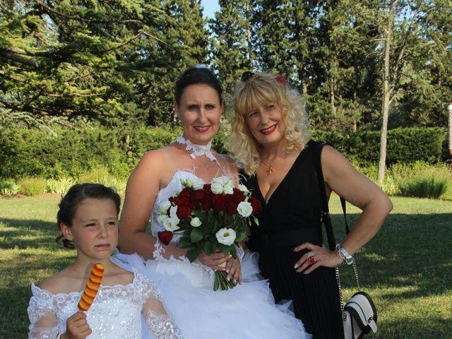 Le mariage de Romuald et Virginie à Clarensac, Gard 135