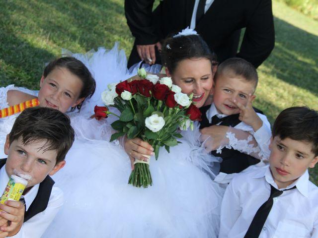Le mariage de Romuald et Virginie à Clarensac, Gard 137