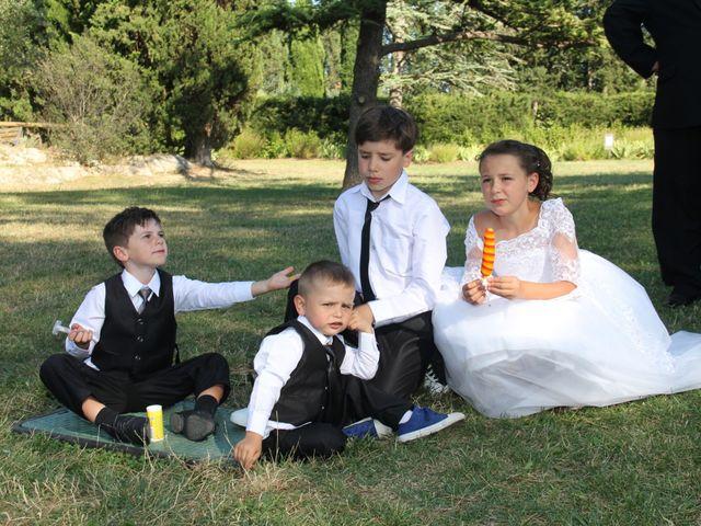 Le mariage de Romuald et Virginie à Clarensac, Gard 143
