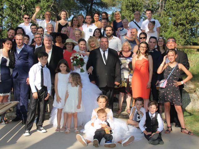 Le mariage de Romuald et Virginie à Clarensac, Gard 157