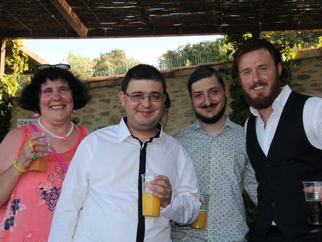 Le mariage de Romuald et Virginie à Clarensac, Gard 184