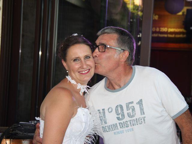 Le mariage de Romuald et Virginie à Clarensac, Gard 237