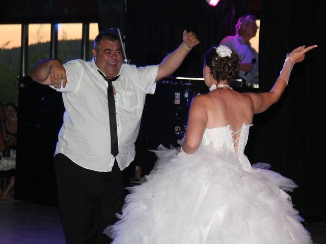 Le mariage de Romuald et Virginie à Clarensac, Gard 250