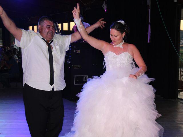 Le mariage de Romuald et Virginie à Clarensac, Gard 252
