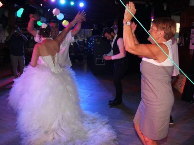 Le mariage de Romuald et Virginie à Clarensac, Gard 258